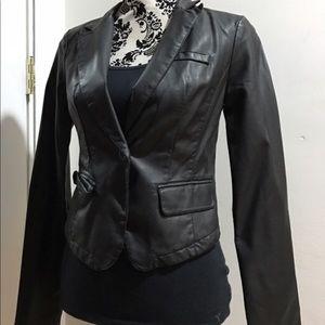 Nwt Xhilaration Faux Leather Women's Crop Blazer